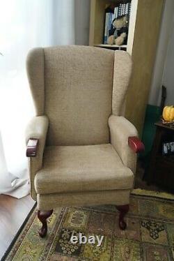 HSL Helmsley Fireside Wingback Chair