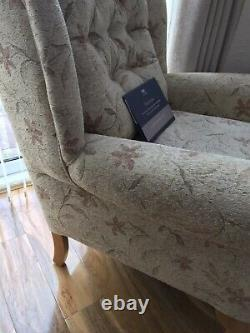 HSL Wing Back Hampton Arizona Fireside Chair Oak Leg X2 petite standard Z150