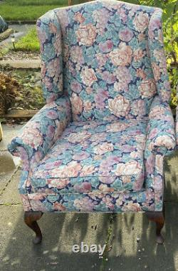 Vintage- Upholstered-fireside-occasional-armchairs-high Quality